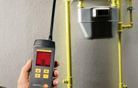 Manutenzione caldaia con tenuta impianto gas